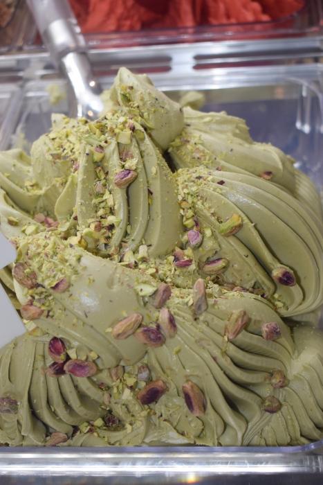 Pasta do lodów i kremów o smaku orzecha pistacjowego z kawałkami orzechów